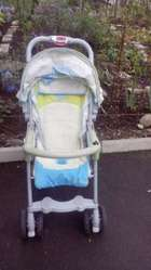 Детская прогулочная коляска.
